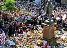 Manchester Vigil St. Ann's Square